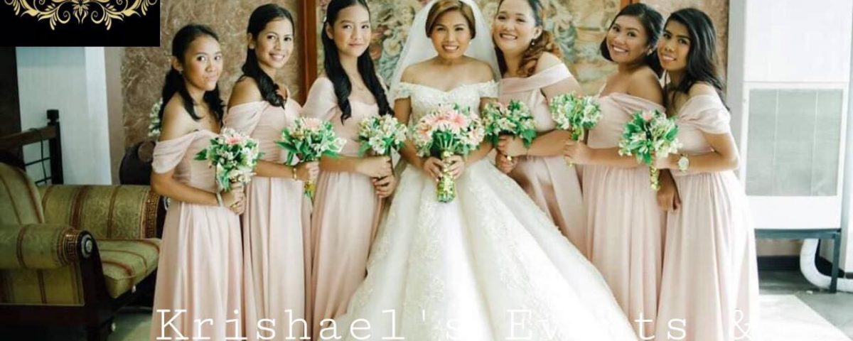 Beautiful bride and her entourage. Thank you for the trust.  client