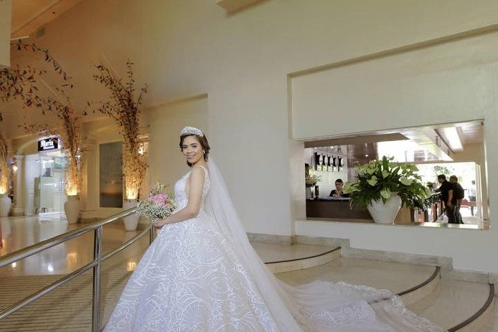 Rodney & Bev Wedding  Gown : Krishael's Events & Concepts  Marlon Advinc...