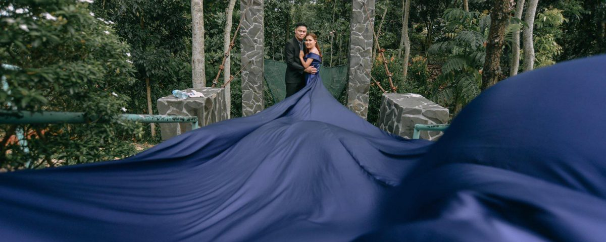 Midnight Blue Long Tail Prenup Dress   Philip Cuison Photography