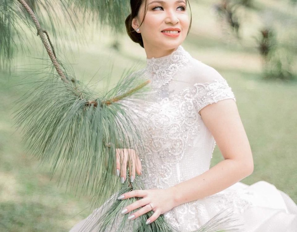 My gorgeous bride wearing Krishael's Premium XX Wedding Gown.  #Royalty #DavaoWe...