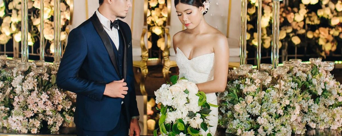Class AA Wedding Gown with Entourage set for only Php 10,000.00 when you book on...