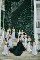 Bild könnte enthalten: 4 Personen, Personen, die stehen und Hochzeit